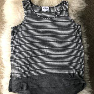 OLIVE & OAK Grey Stripe Sleeveless Blouse sz. XL